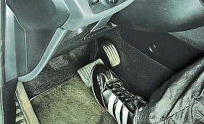 Замена вакуумного усилителя тормозов форд мондео 1 Замена плафона освещения салона фольксваген джетта